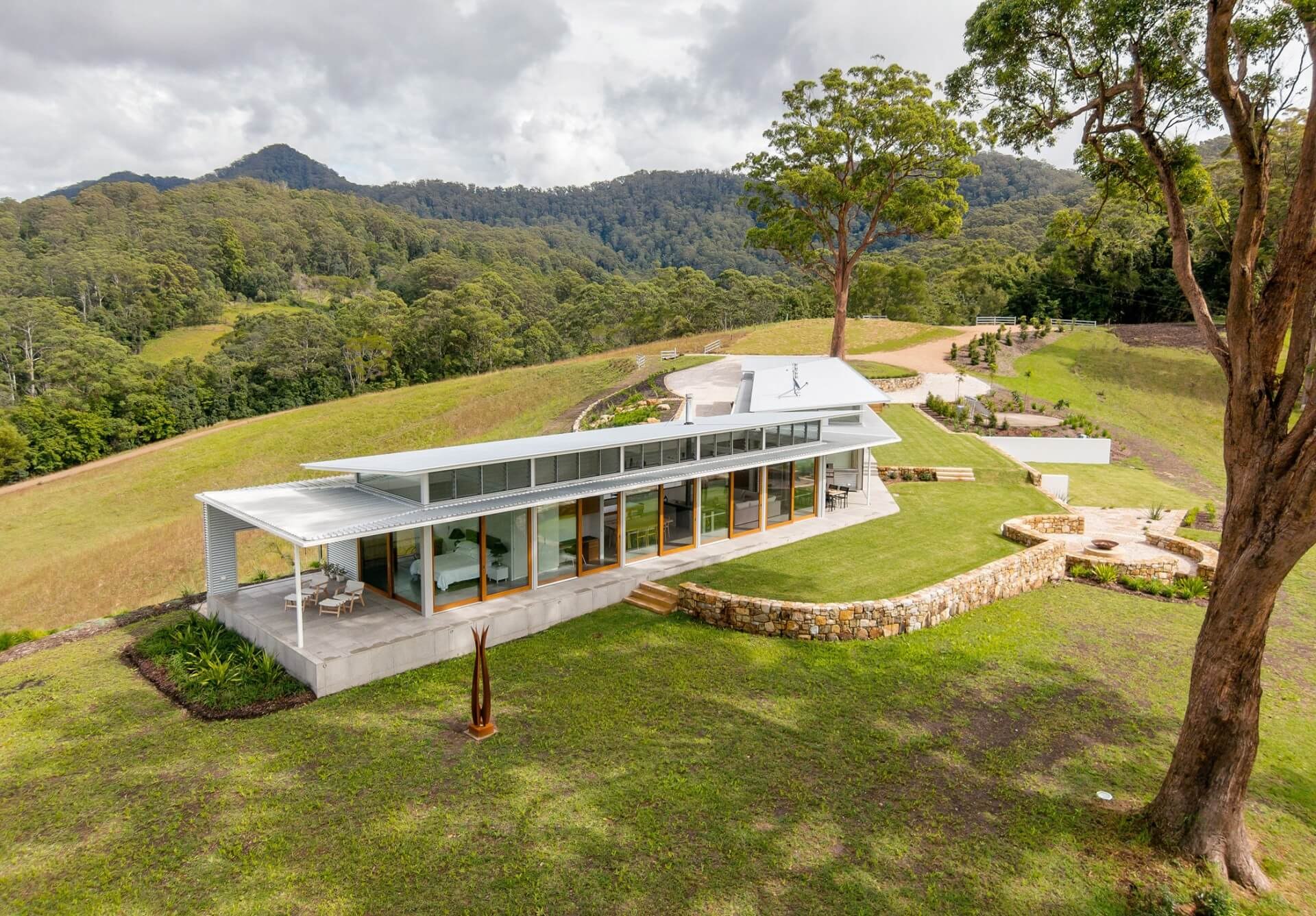 Upper orara house utz sanby architects for Rural home designs