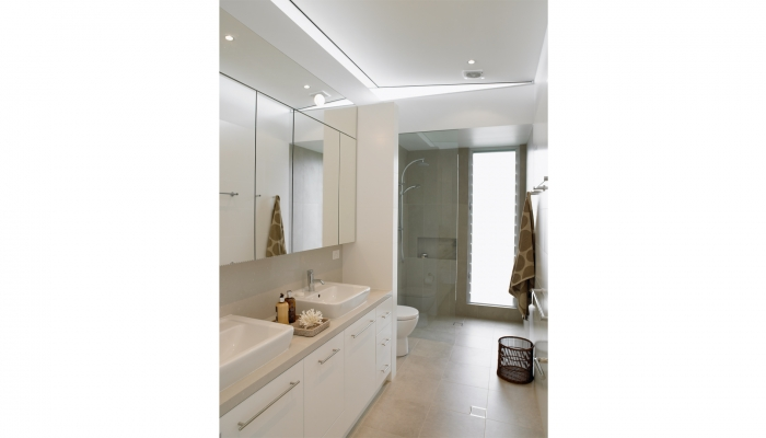 Newport House Bathroom