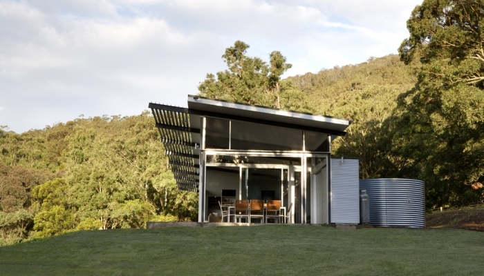 Kangaroo Valley House open to the surrounds