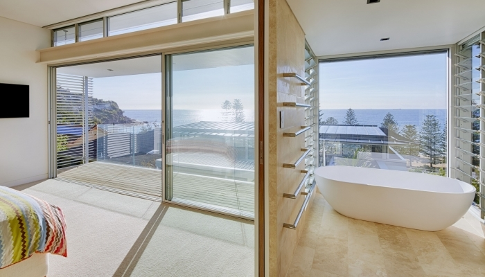 Whale Beach House Ensuite