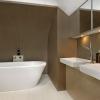 Carabelle Apartments bathroom