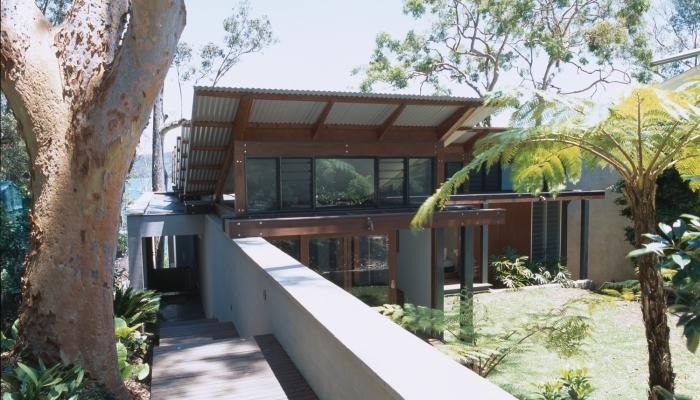 Clareville House Backyard