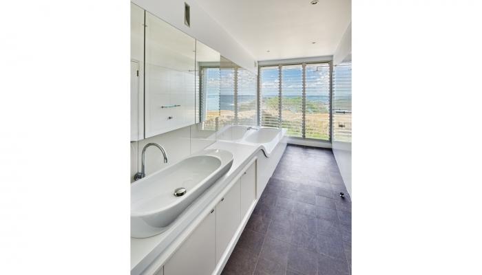 Queenscliff House Bathroom
