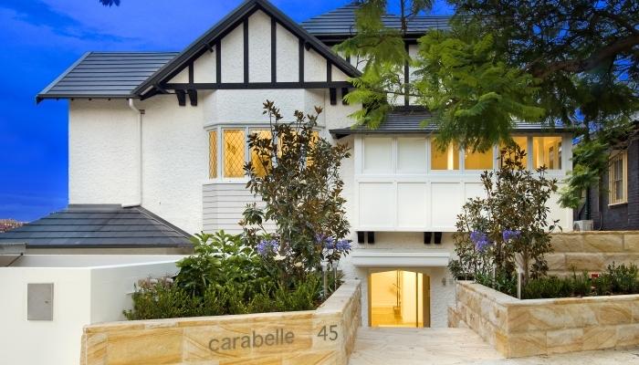 Carabelle Apartments front facade